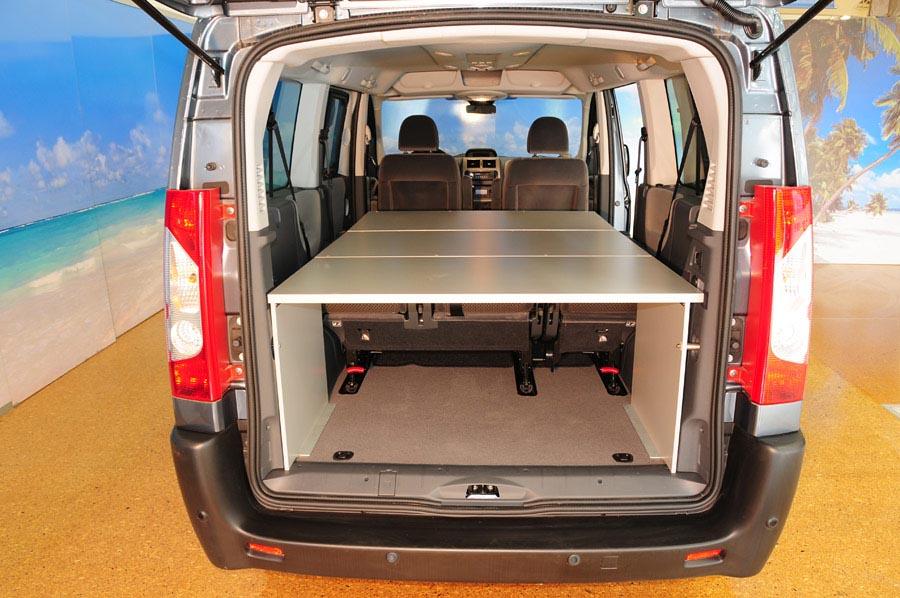 hyundai h1 camper umbau. Black Bedroom Furniture Sets. Home Design Ideas