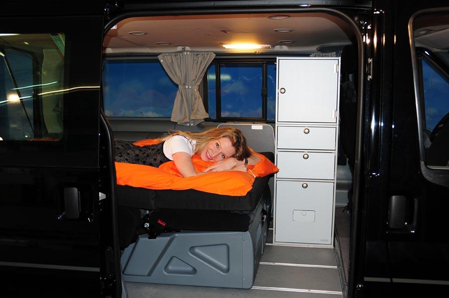 vanessa mobilcamping camping ausbau f r deinen van t5 t6 mercedes u v m ford transit. Black Bedroom Furniture Sets. Home Design Ideas