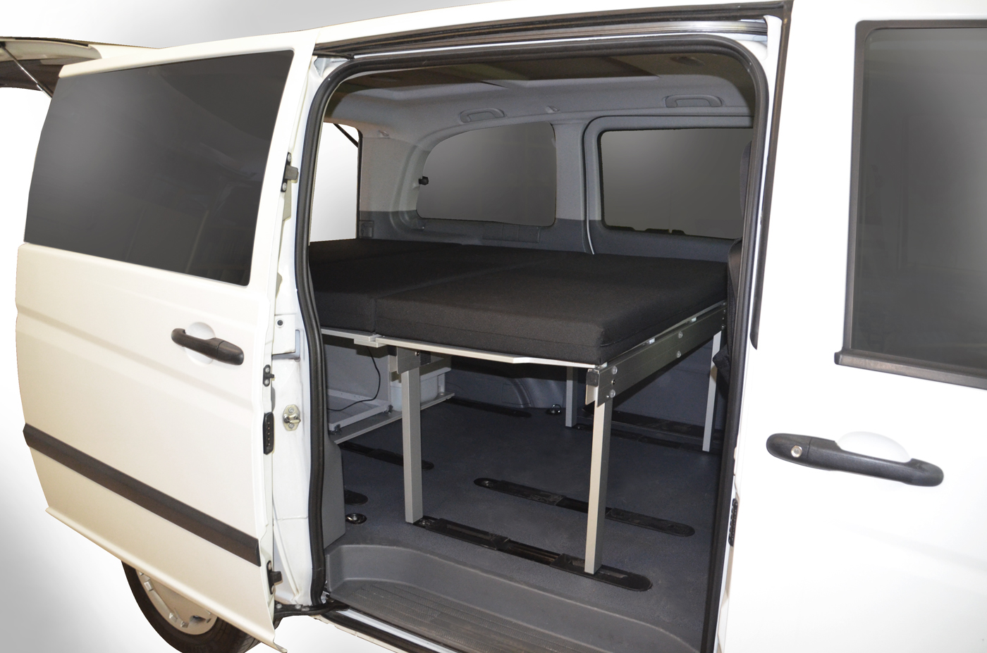 Vanessa Mobilcamping Online Shop Sleeping In Your Mercedes Vito